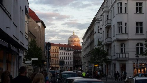 Resonant with history: the Neue Synagoge at dusk